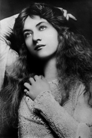 Maude Fealy, whose career was launched by playing Juliet