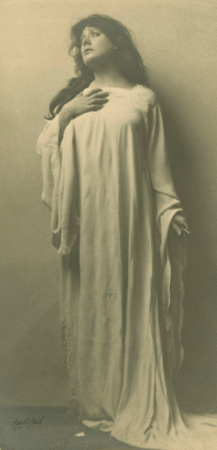 Julia Marlowe as Lady Macbeth