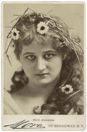 Mary Anderson as Perdita