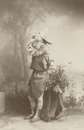 James Lewis as Bottom