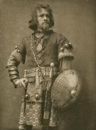 Robert Taber as Macduff
